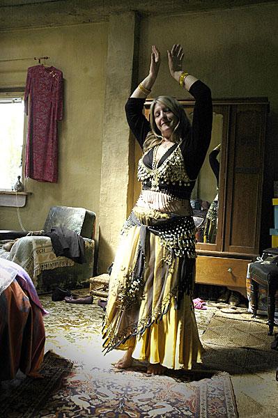 therese-dancing_dsc2008-adj